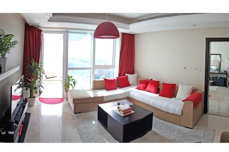 1 BR City & Sea view 48th floor corniche-pool gym - Abu Dhabi - Lakás