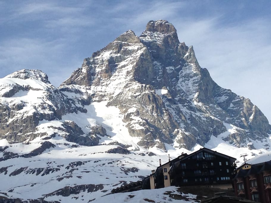 At the foot of the Monte Cervino/Matterhorn