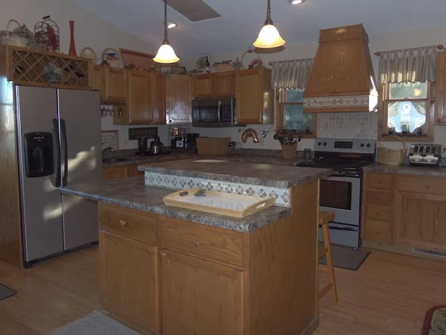 Home-LOIS - Osage Beach - Huis