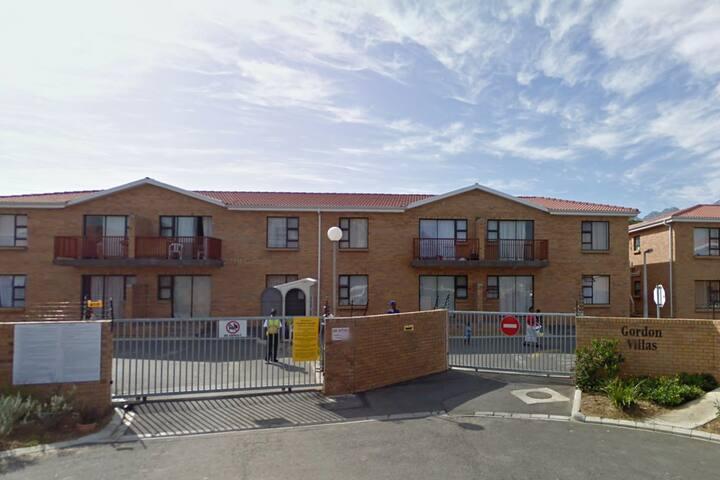 Gordon Villas - 30 minutes to Somerset West