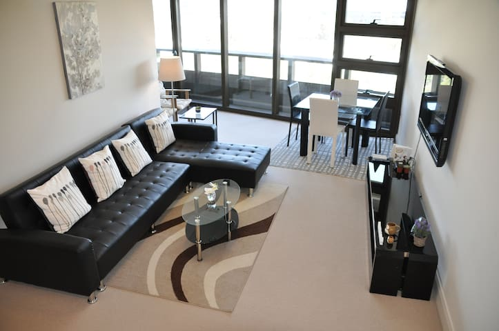 Brand new luxury 2 bedrooms 2 bathrooms Apartment