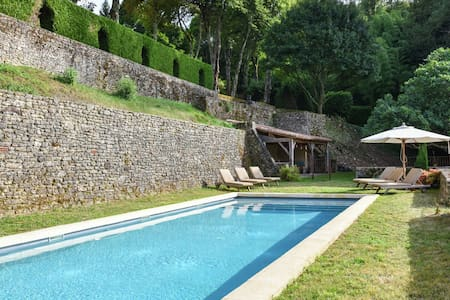 Plush Mansion on a High-End Property in Saint-Germain-de-Belvès with Pool