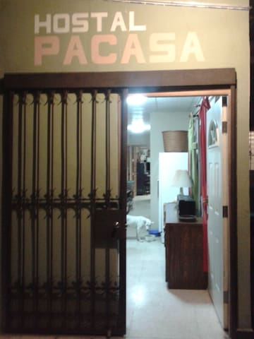 PaCasa Hostel - Shared Room - Bed 1 - David - Hostel