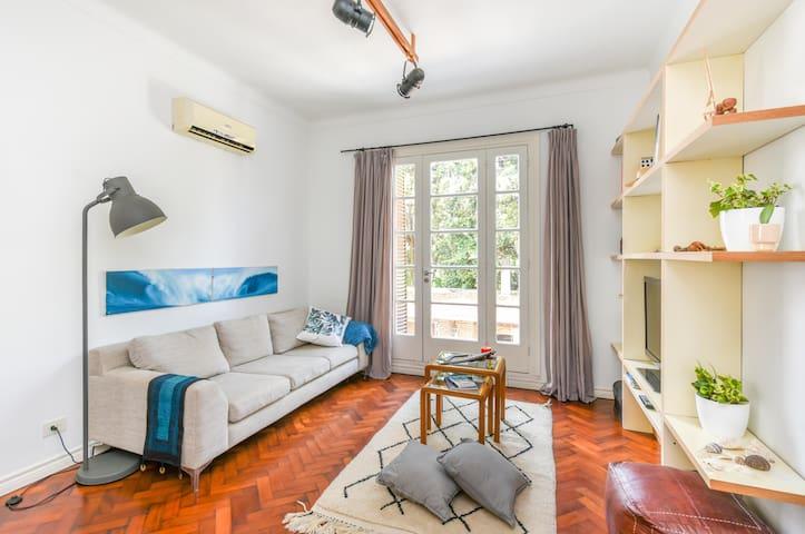 Exclusivity, design and comfort in Coghlan.