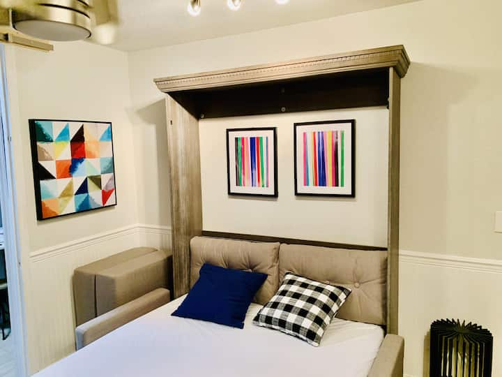 923D - The Jazz Flat - Studio Apt at The Space by Gulf Life