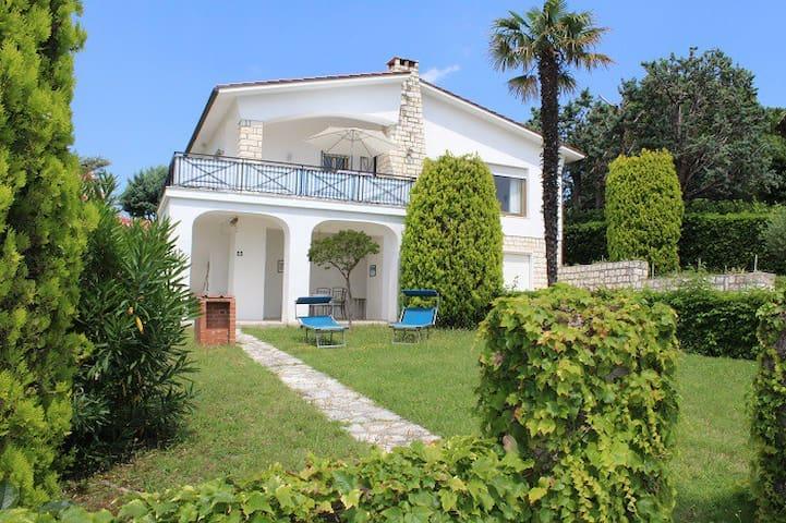 Stupenda villa con terrazzo vista mare - Villaggio Taunus - Villa