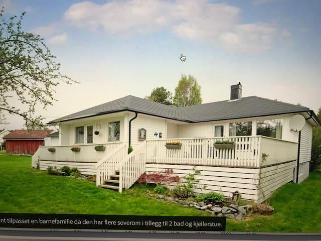 Tjodalyng - ved Viksfjord - 1 etasje av bolig