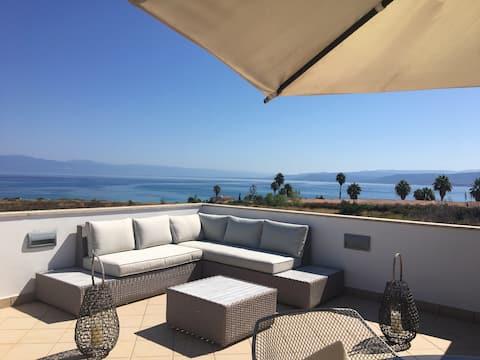 Luxury Attic Sea View Briatico