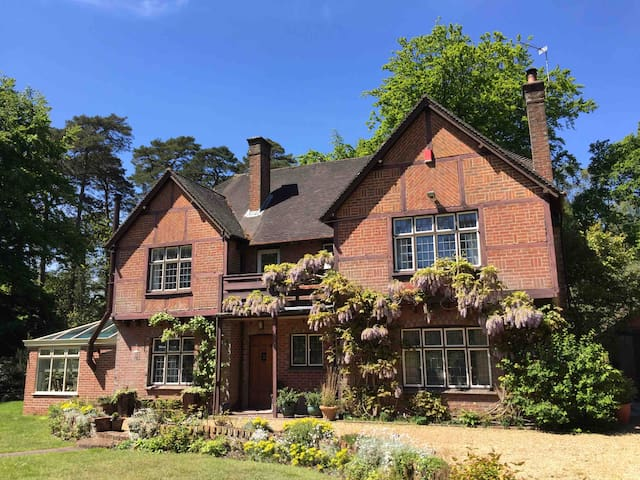 A classic country home near Romsey
