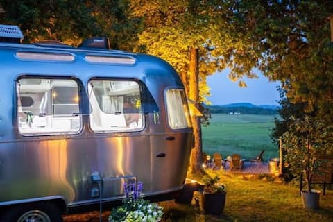 Vive la différence!  Innovative Airstream Luxury