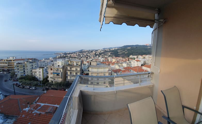 Christos' house:comfοrtable apartment- great view!