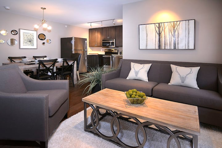 Affordable comfort close to trails, slopes & town!
