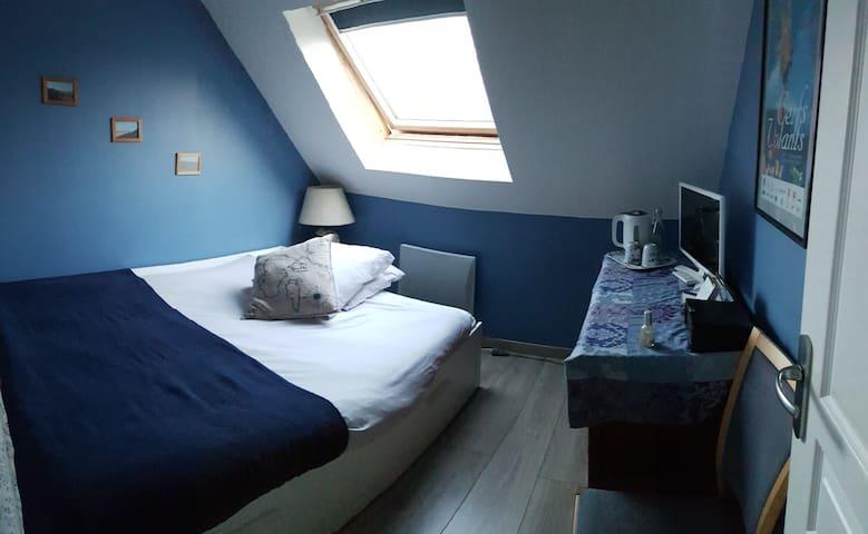 Belle Chambre et SdB privative dans Arras.