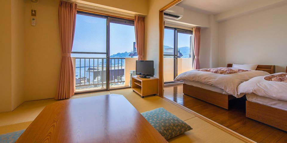 【6 mins from 熱海 Sta.】【4 pax】 Good View Onsens+Private Onsens!2LDK