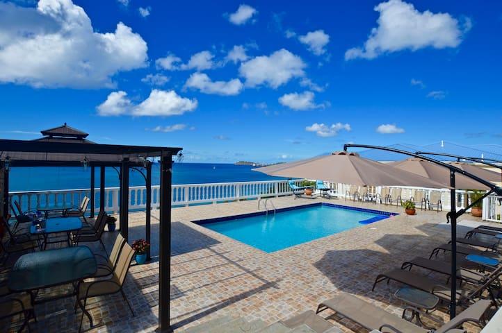 Amazing: The Blue Sandcastle Villa - Southside - Villa