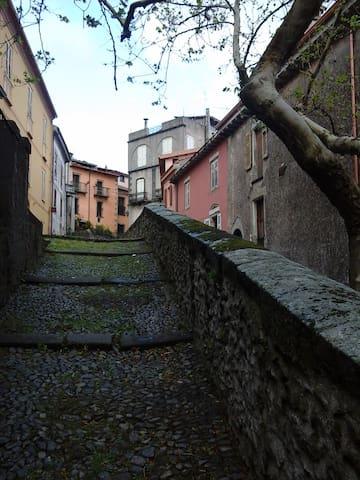 Casa centro storico, per brevi e medi periodi - Santu Lussurgiu - บ้าน