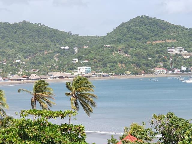 Talanguera condo - amazing coastline & ocean views