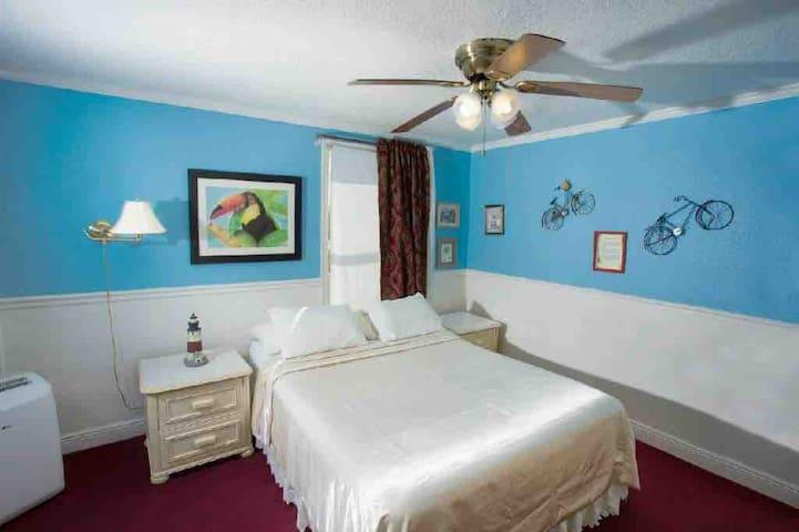 Hotel Redland II