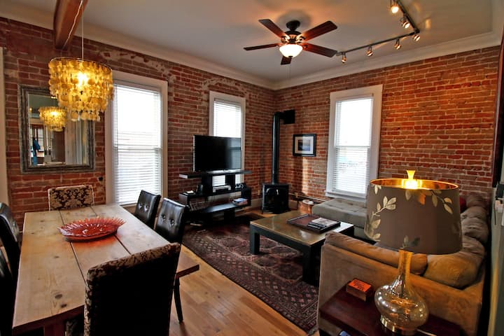 Downtown Salida Historical Loft-STL#395