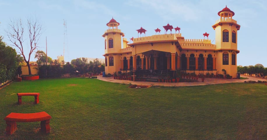 Bhanu Mahal - A Heritage Homestay.