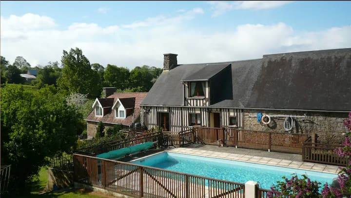 La Haute Barberie Chalet - Holiday with Pool