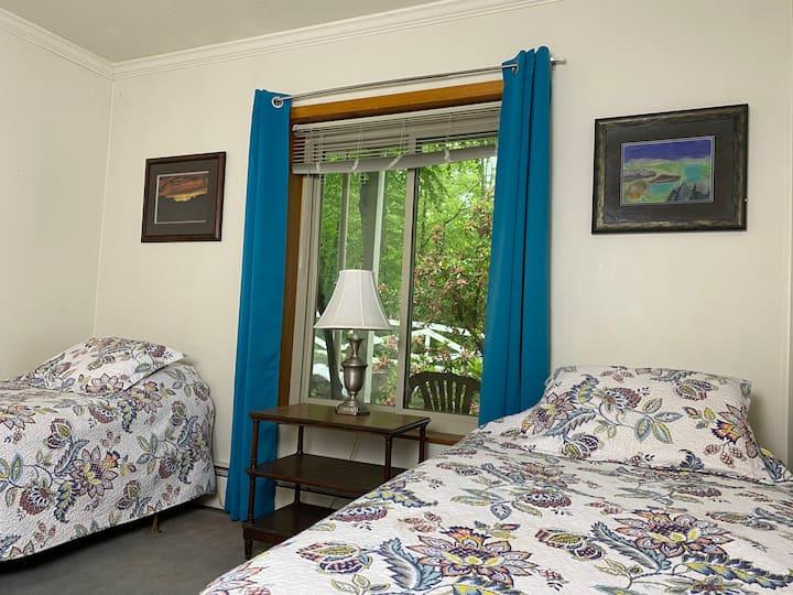 The Light Center Lodge: Room 7