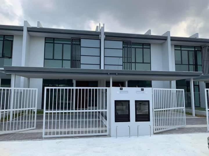 Homestay D'Citrine Bandar Seri Alam Johor Bahru