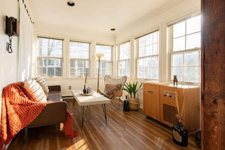 Sun-Filled Character Flat in Downtown Truro
