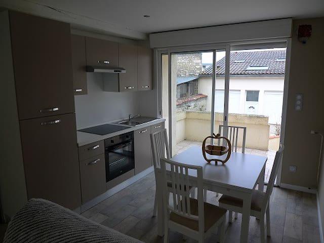 Appartement T2 neuf, centre de Jonzac  (3 étoiles) - Jonzac - Apartment