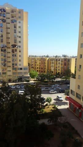 Trois pièces tout confort +parking - Bab Ezzouar - Lejlighed