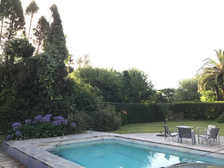 Maravillosa casa con piscina y gran parque
