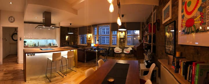 Large 2BD Shoreditch loft, 5/6 PAX