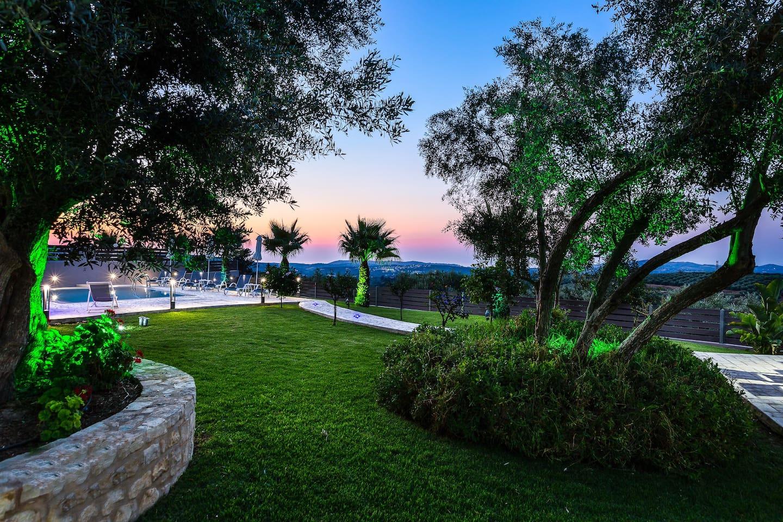 The outdoor area of Villa Agios Georgios will make you feel right in nature!