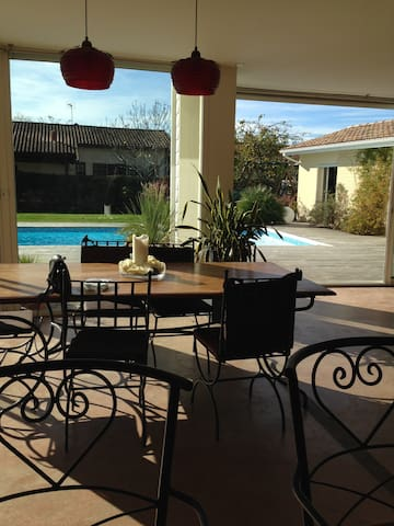Ideal home for the holidays - Pessac - บ้าน