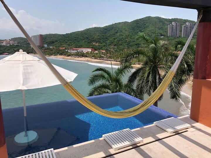 Luxury Beachside Penthouse Apartment