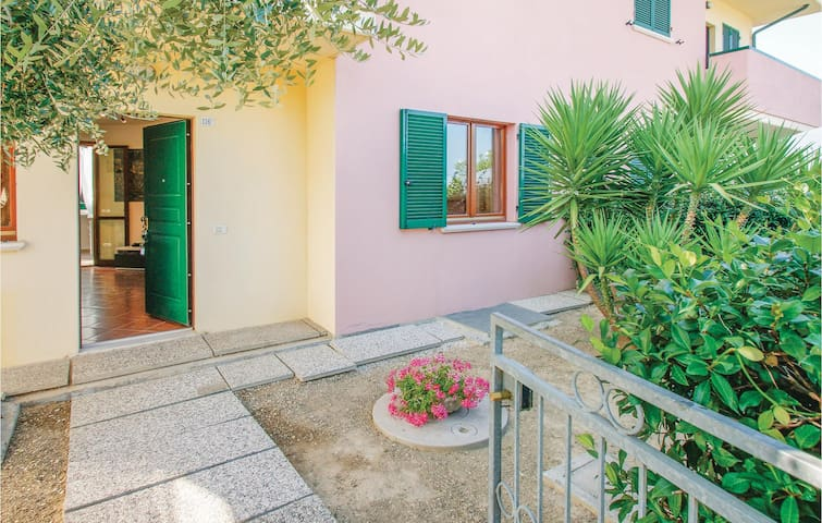Holiday apartment with 1 bedroom on 65m² in Marotta -PU-
