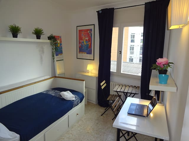 4.3Barcelona Sabadell Private Room-SharedApartment