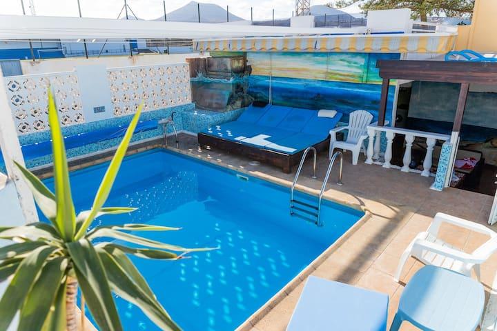 ITY House. Playa Honda.