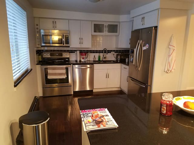 Cozy 1 bedroom with parking apartments for rent in One bedroom apartments in denver colorado