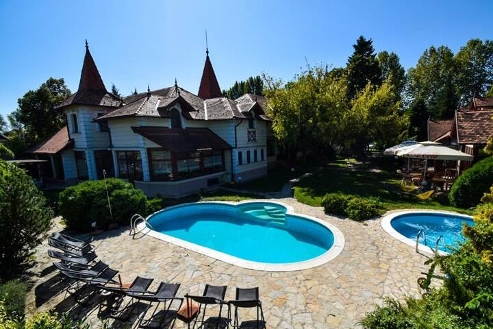 Garni Hotel Villa Milord Resort Semi-Apartman