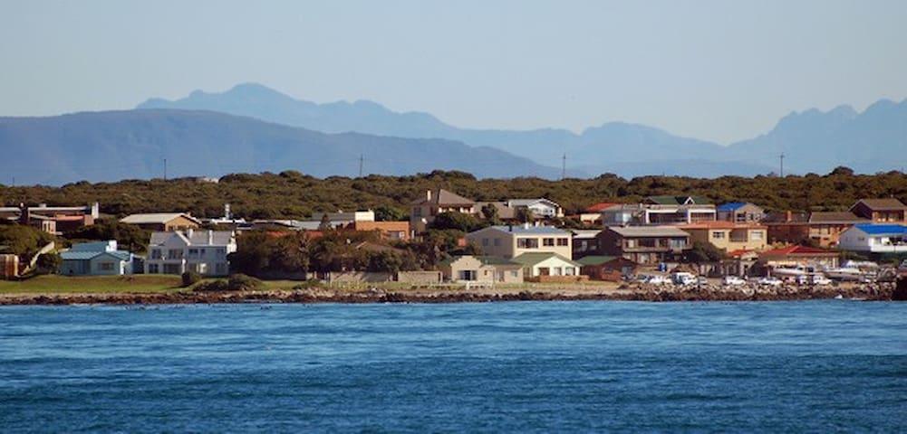 Kleinbaai seafront
