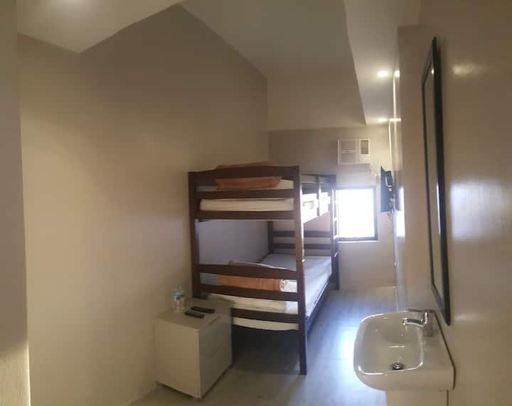 Standard Double Decker @ Mabolo Royal Hotel