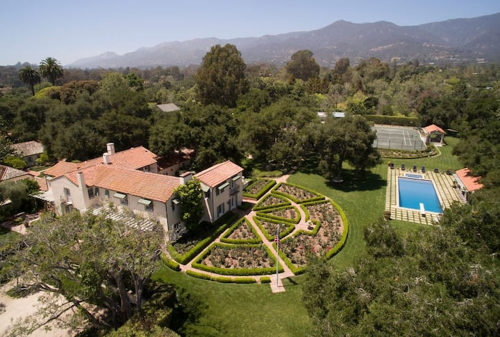 Montecito Estate Guest House Minutes from Beach