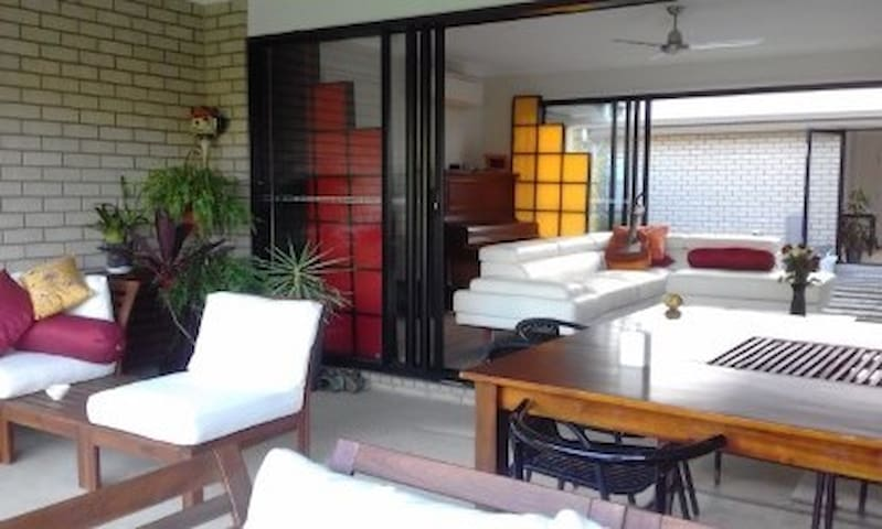 The River Mews - semi self contained studio. - Caboolture South - Rumah