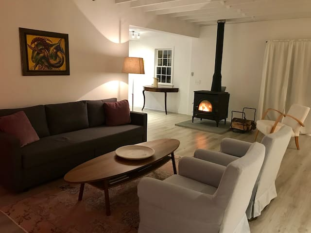 Dream Guesthouse, Hudson NY - Cool Country Chic