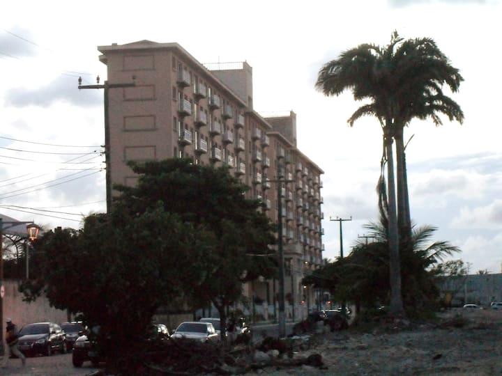 202T1 - Apartamento de frente ao mar.