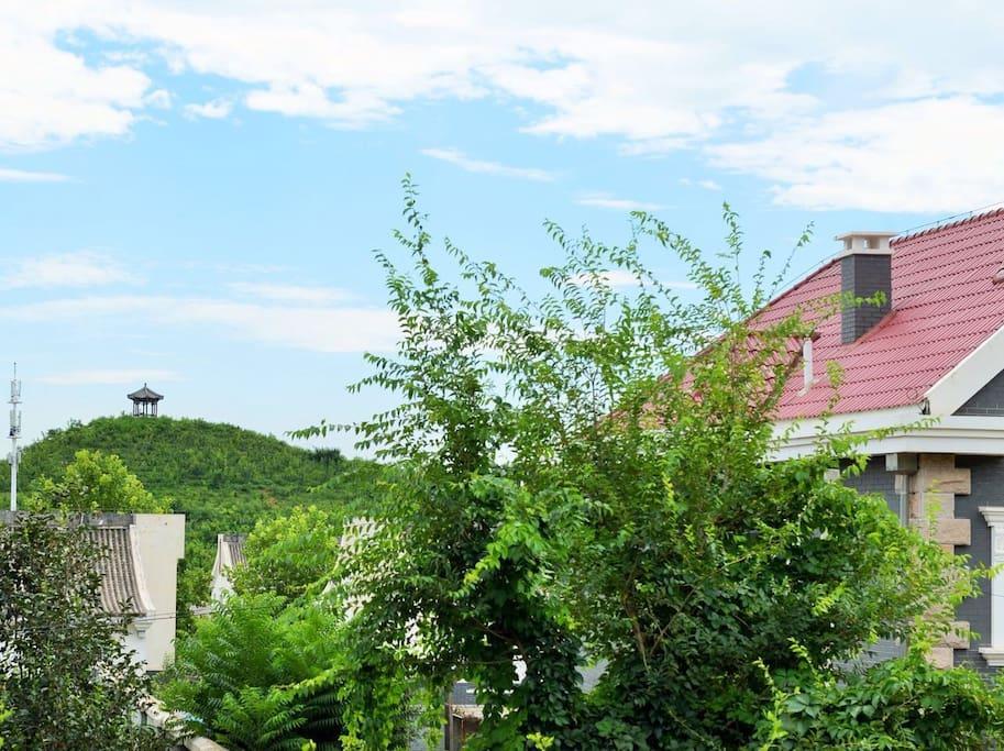 窗外的风景-北京化工大学燕贺亭