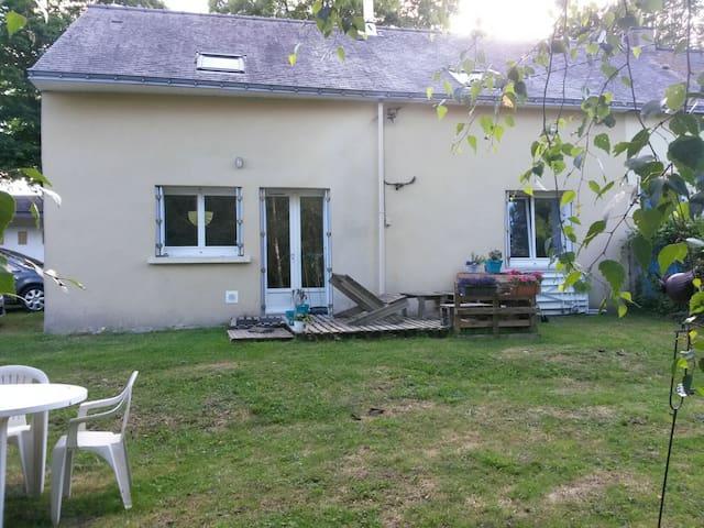 chambre au calme en campagne - Peillac - Casa