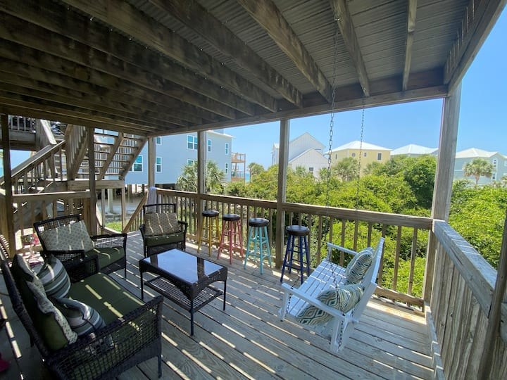 Completely Remodeled, Pet Friendly, One Floor Townhouse, Steps from Cape San Blas ~ Buckeye Beach House
