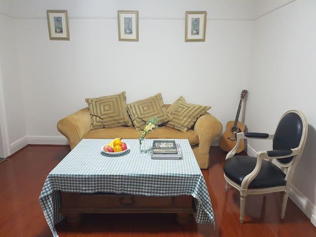 The Urban Farm - Room B - Lilyfield - Haus